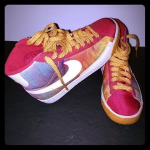 Nike womans shoes size 7